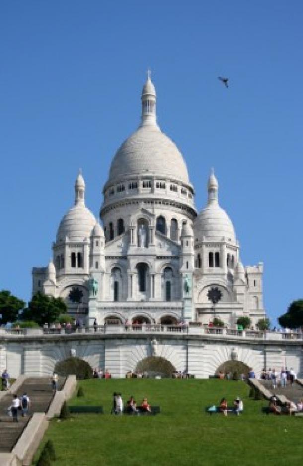 Enlèvement d'épave auto à paris 18ème 75018 (La Butte-Montmartre)