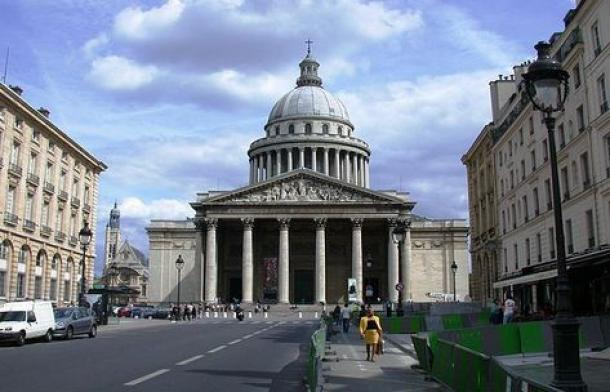 Enlèvement d'épave à paris 75005 (Le Panthéon)